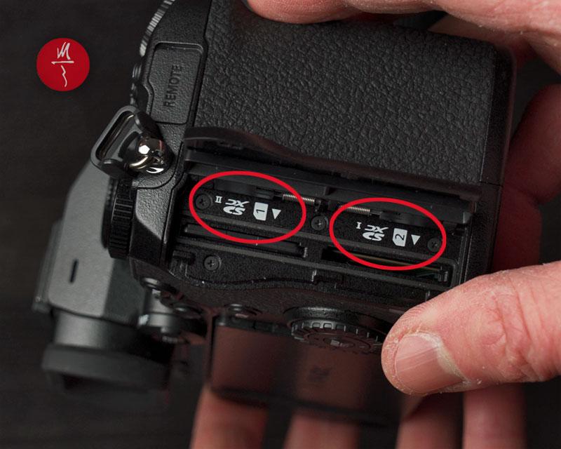 Panasonic Lumix S5 doppio slot