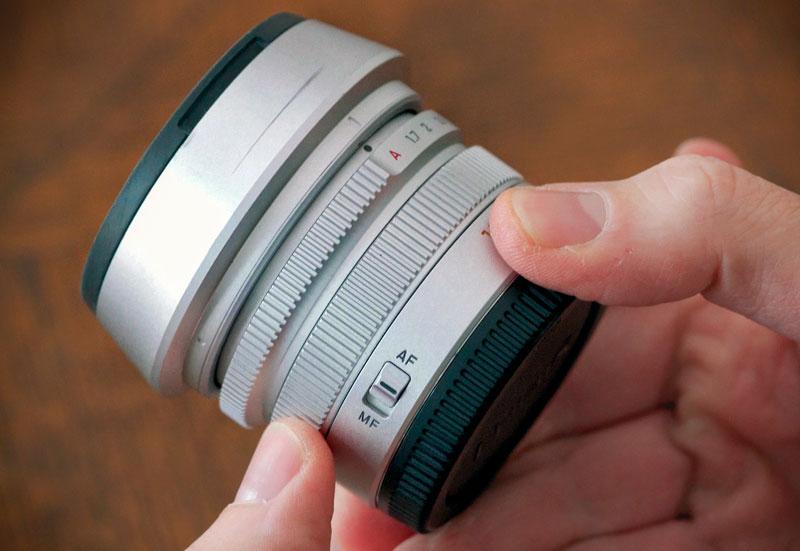 Leica 15 mm f/1.7: selettore AF/MF